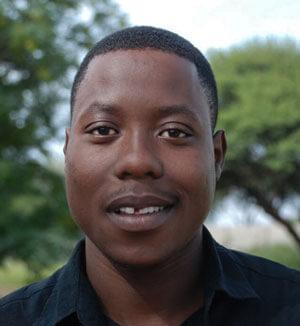 Mompati Mbakhwa